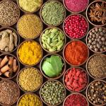 O incrível potencial dos condimentos e especiarias nos alimentos
