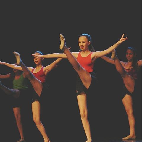 Más Danza